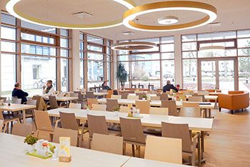 bistro medicus cafeteria im krankenhaus strausberg. Black Bedroom Furniture Sets. Home Design Ideas